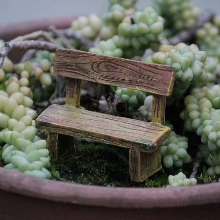 fairy garden rustic benchseat